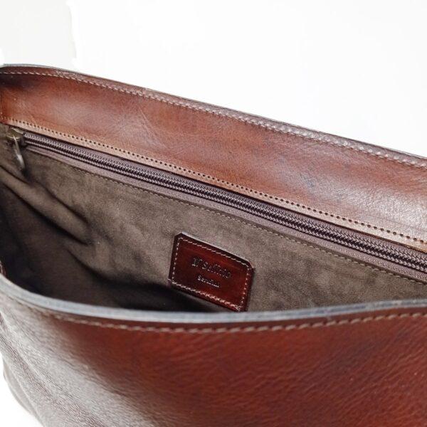 Messenger Bag cuoio tinto a mano